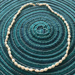Sea water pearl necklace